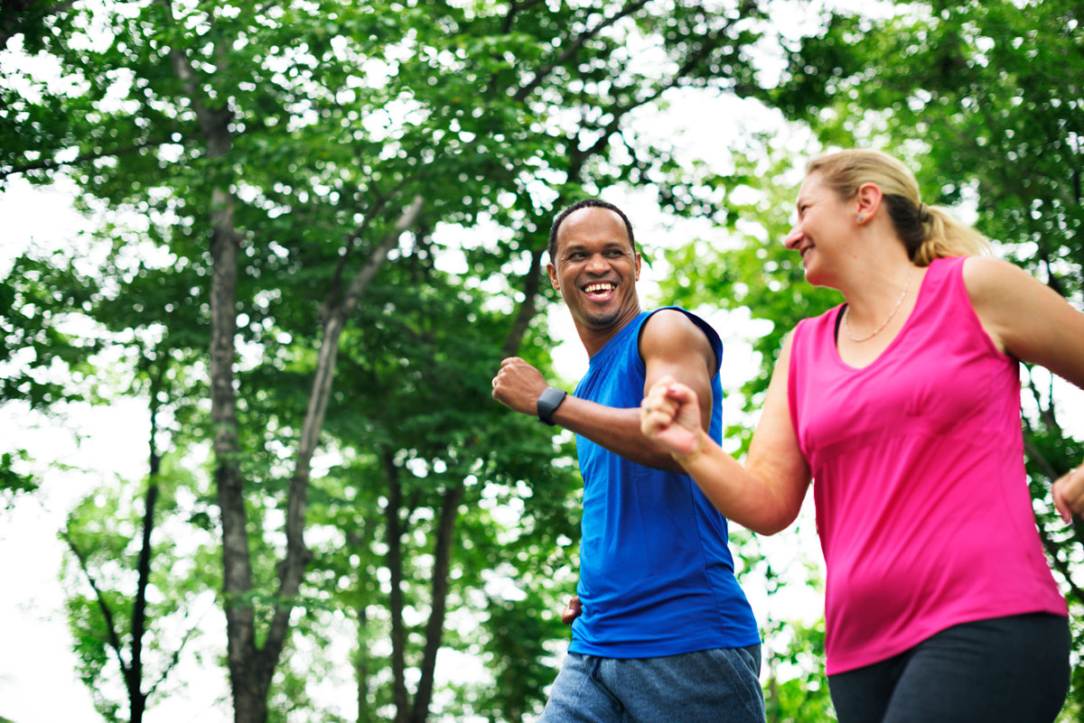 couple exercise happiness healthy lifestyle